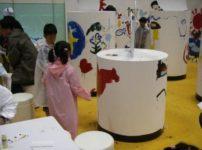 ペイントショーでの子供たちの塗装風景3