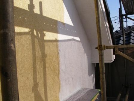 下塗り前と下塗りした個所