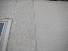 左側が中塗り塗装、右側は上塗り塗装後の状態