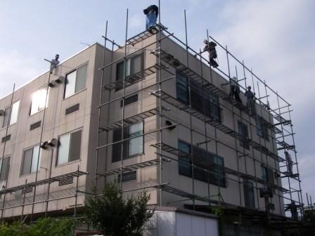 外壁塗装工事仮設足場組立風景5
