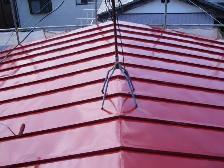 トタン屋根塗装、中塗り完了