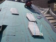 ルーフィングという防水シートを施工
