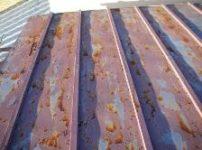 酸化したトタン屋根