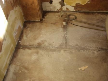速乾下地パテ重ね塗り施工前
